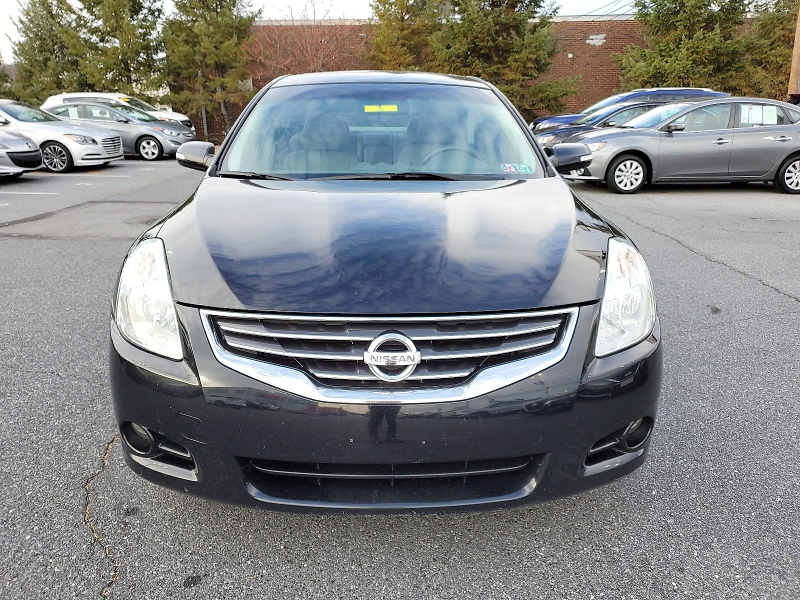 Pre-Owned 2011 Nissan Altima 3.5 SR