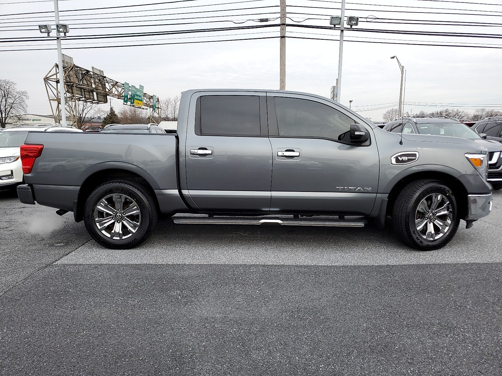 Certified Pre-Owned 2017 Nissan Titan SV