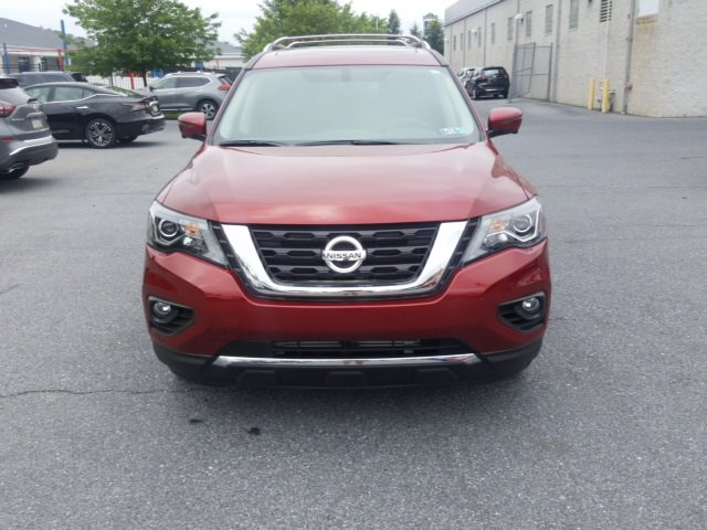 Pre-Owned 2019 Nissan Pathfinder Platinum