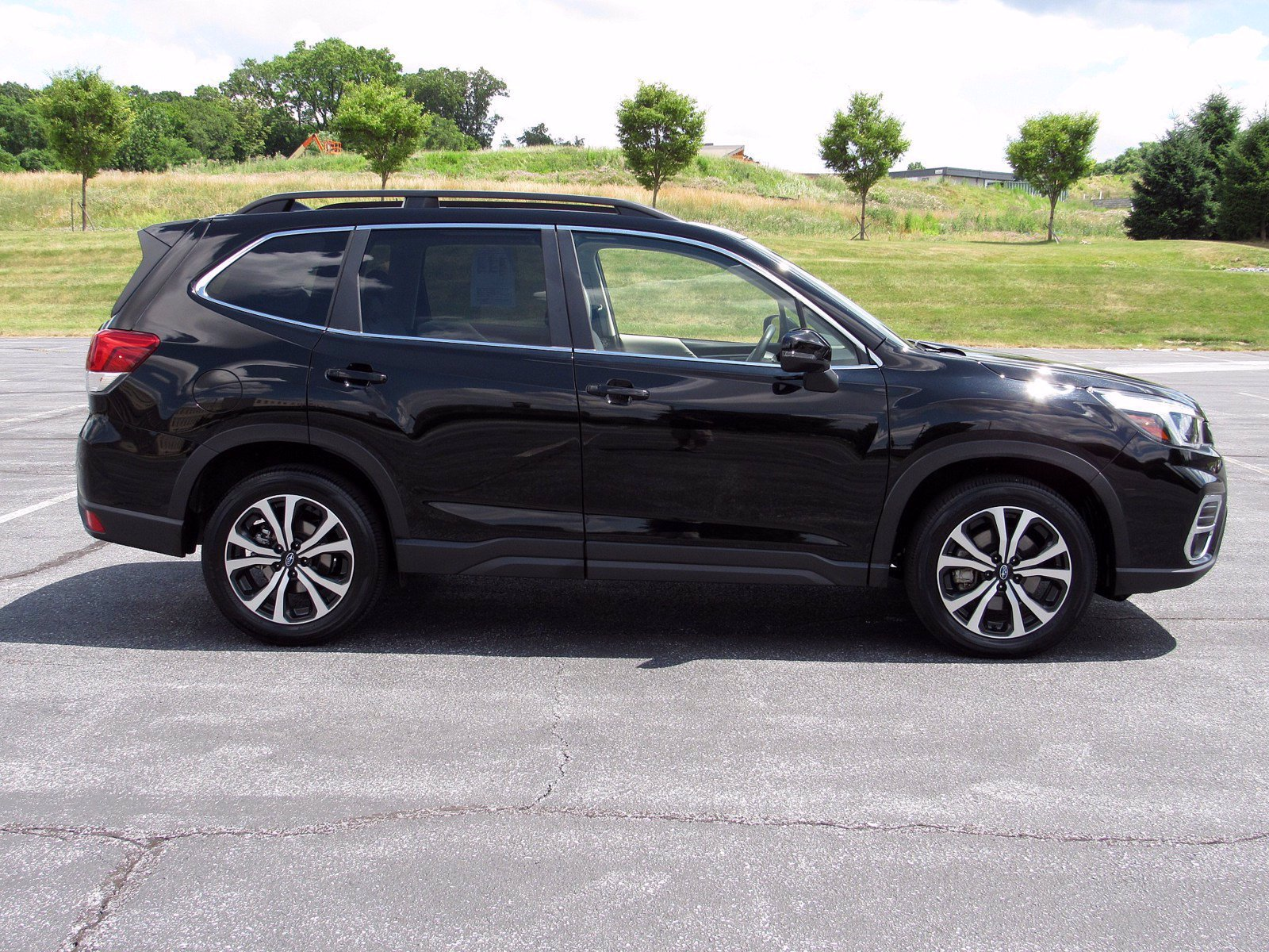 Pre-Owned 2019 Subaru Forester Limited